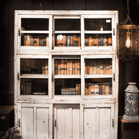 Cabinets & Dressoir