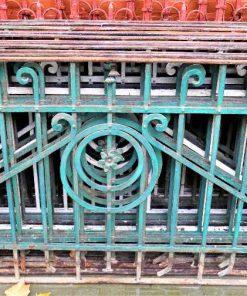 Antiek smeedijzeren balkon hekwerk-1
