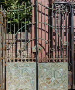Antieke smeedijzeren poort hxb 328x290 cm-2