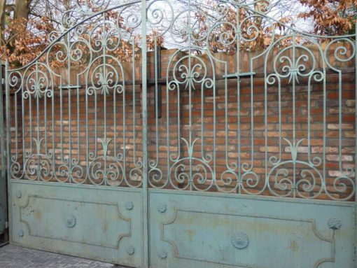 Smeedijzeren poort met zuilen hxb 320x295 cm-2