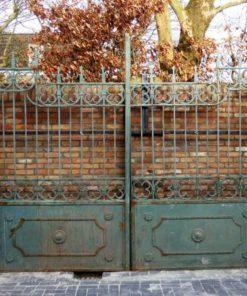 Smeedijzeren poort met zuilen hxb 262x311 cm-1