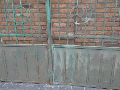 Smeedijzeren poort met zuilen hxb 275x310 cm-4