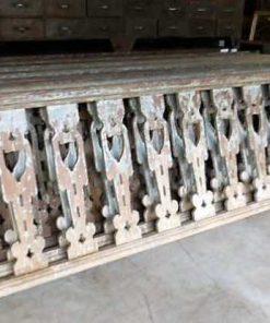 Houten balustrade van ca 290 cm lang en 90 cm hoog-2