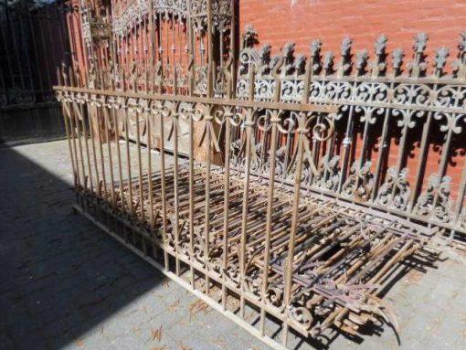 Antiek smeedijzeren hekwerk ca 110 cm hoog-3