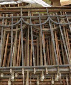 Antieke smeedijzeren balkon hekwerk-3