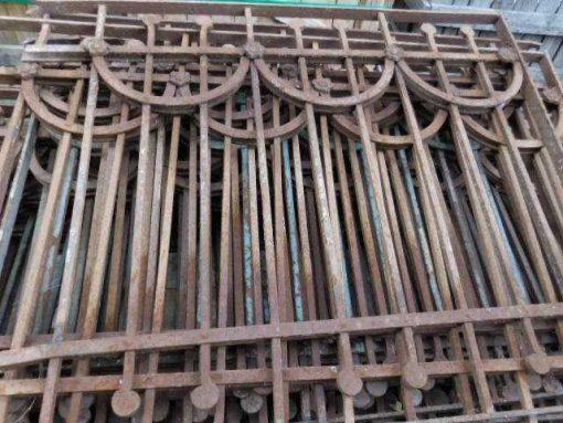 Antieke art deco balkon hekwerk-1