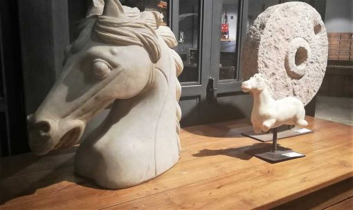 Vintage statues of horses-1