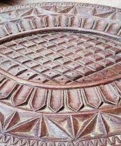 Decoratieve bewerkte houten schaal in de vorm van een schildpad-3