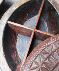 Decoratieve bewerkte houten schaal in de vorm van een schildpad-4