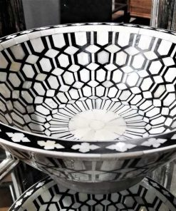 Decorative black/white round dish-1