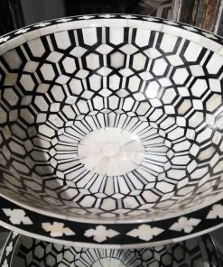 Decorative black/white round dish-2