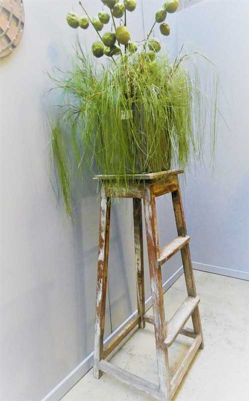 Vintage wooden plant table-4