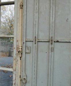 Grote spiegel in kozijn van antieke deur-4