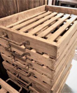 Vintage wooden tray / serving tray / crate-2