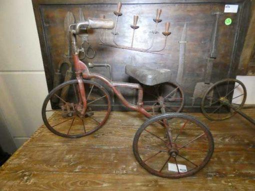 Oude ijzeren fietsjes.-2