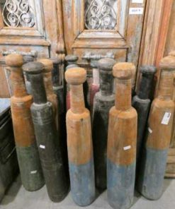 Vintage wooden clubs-1