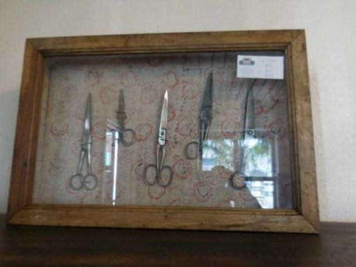 Small decorative display cases-2