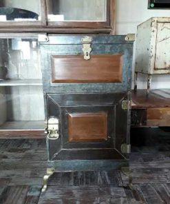 Antique fridge-1
