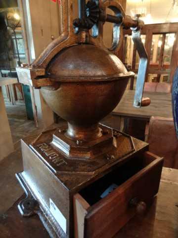 Antique coffee grinder-5