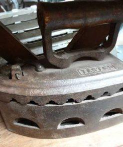 antieke strijkijzers-2