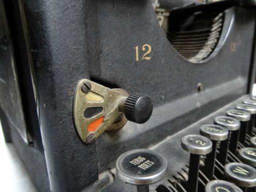 antieke typemachine-3