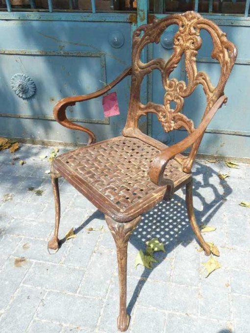 Cast iron chair-2