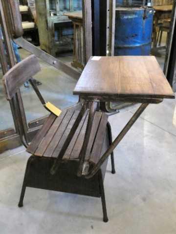 Vintage houten schoolstoel / lessenaartje-1