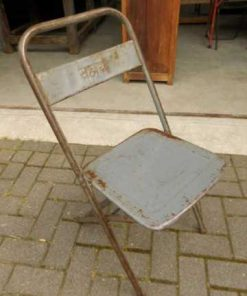 Folding metal chairs-1