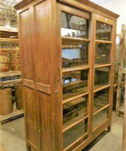 Antieke vitrine kast met aan 2 kanten kasten-1
