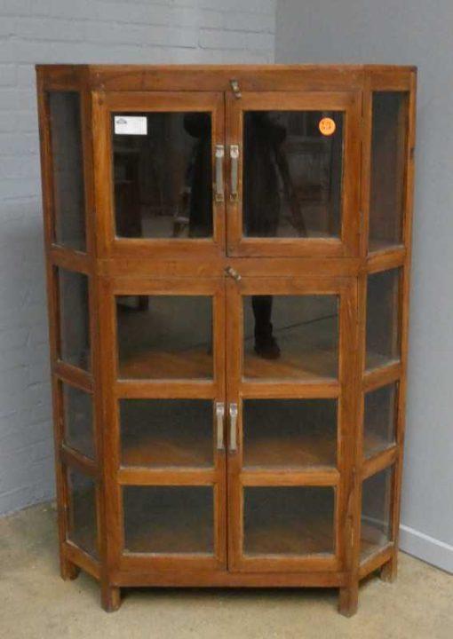 Corner display case-1