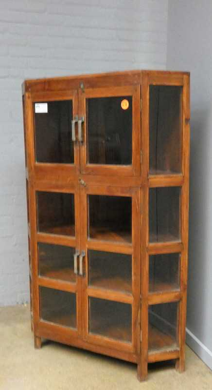 Corner display case-2