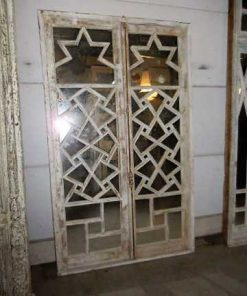 Antieke ramen met spiegels-1