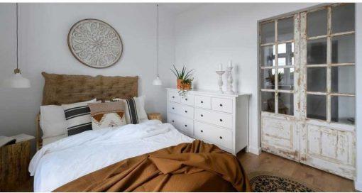 Antique sliding doors in bedroom-1