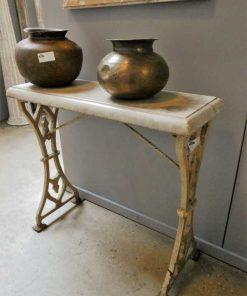 Antieke sidetable met gietijzeren onderstel en wit marmeren blad-3