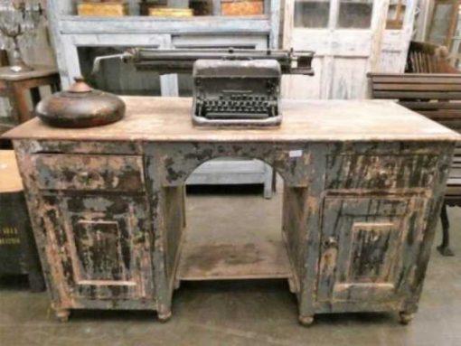 Beautiful vintage desk-2