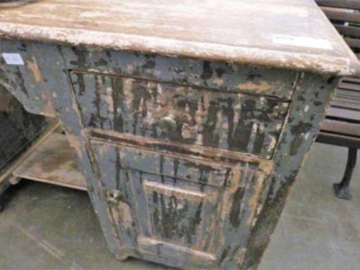 Beautiful vintage desk-3