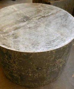 Industriele ronde salontafel bekleed met zinken platen-1