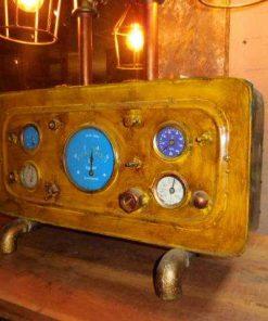Unieke industriele lamp gemaakt van oude onderdelen-1