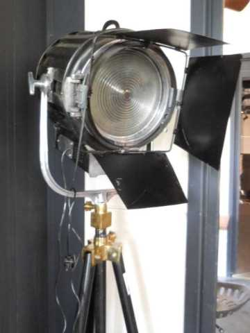 Old theater lamps-2