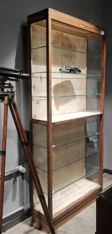 Antieke Open Kast Met Glazen Planken - 2