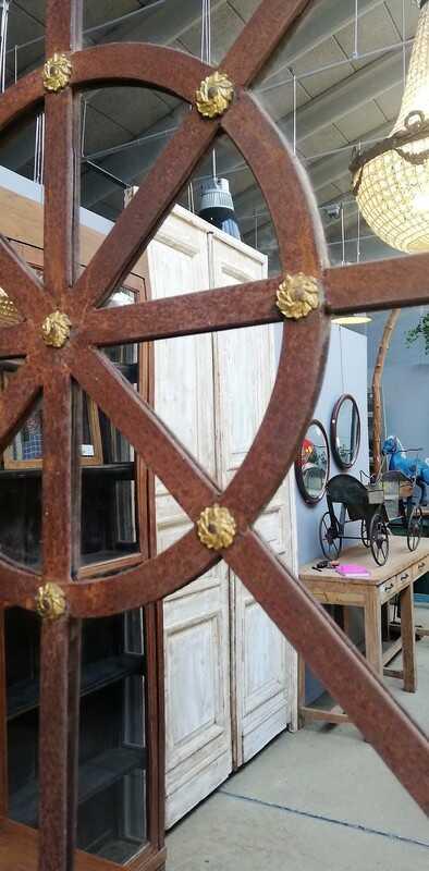 Round Stable Window Mirror - 3