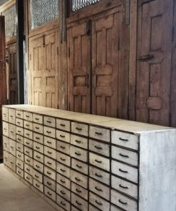 Antique White Chest of drawers-1