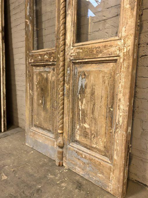 Antieke dubbele deur met glas za