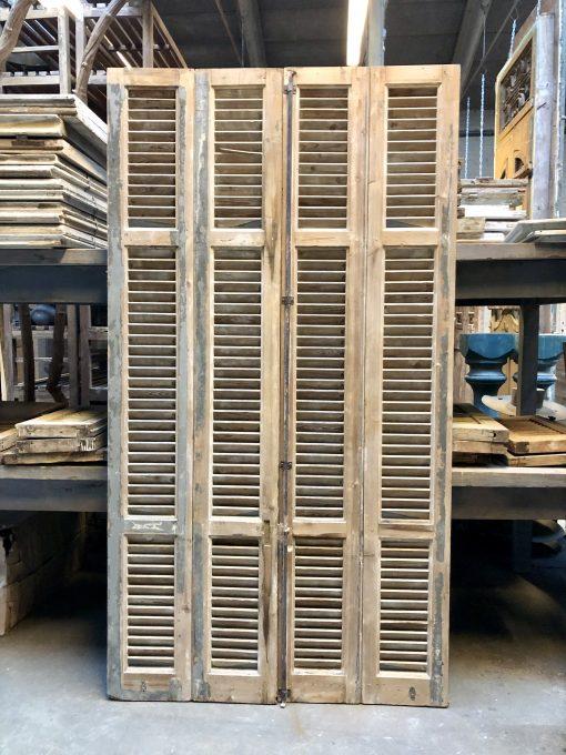 Antieke grijze louvre luiken / shutters hxb 210×116 cm vz